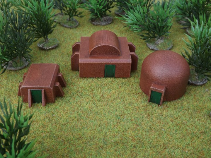 Outbuildings (pack of 3)